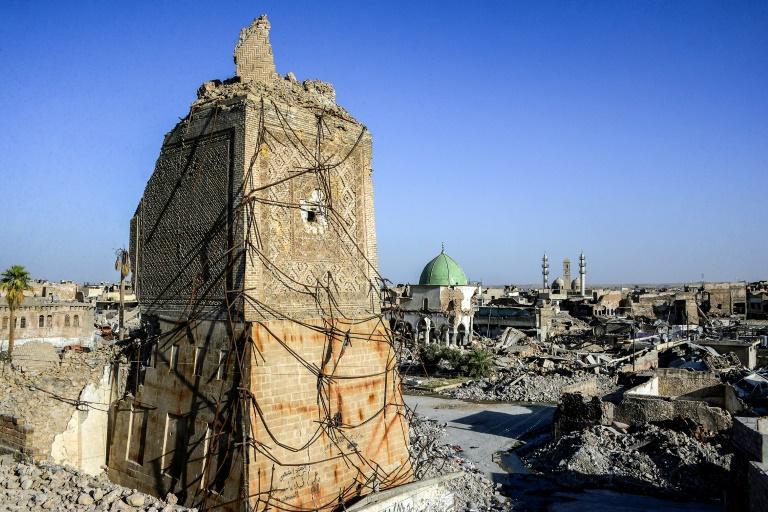 منارة الحدباء الشهيرة بعد تدميرها في الموصل بشمال العراق في صورة التقطت في 9 تموز/يوليو 2018